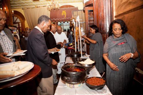 Food-Serving-2